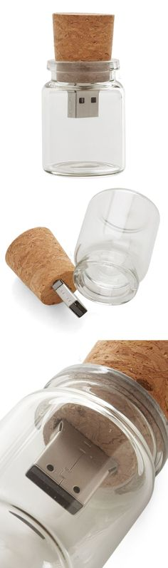 USB message in a bottle. Love this! #product_design