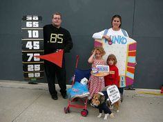 "Make a ""Plinko"" Prize Board (or Costume!): 7 Steps (with Pictures) Homemade Halloween Costumes, Group Halloween Costumes, Family Costumes, Halloween Themes, Halloween Fun, Halloween Couples, Halloween Outfits, Halloween Decorations, Price Is Right Wheel"