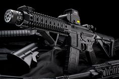 Spikes Tactical Compressor SBR-300 BLK / EOTech .300 Blackout Holo Sight