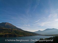 Blick auf den Lac de Serre-Ponçon am frühen Morgen in den Hautes-Alpes (französischen Westalpen) - Foto: Mario Hübner