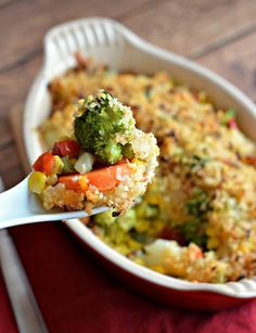 Try a vegetarian night and go meatless with a quick Vegetable Casserole Side Dish made delicious with a crispy Kraft grated Parmesan cheese crumb topping. Real Food Recipes, Cooking Recipes, Healthy Recipes, Casserole Dishes, Casserole Recipes, Vegetable Casserole, Hungarian Recipes, Dinner Dishes, Vegetable Side Dishes