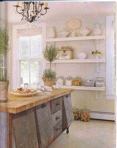 Shabby Urban Cottage Kitchen ~ wow