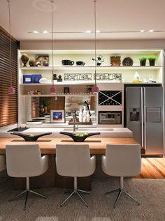 Lindo cozinha modernas decoracao cozinha_gourmet_integrada_a_sala Kitchen Dinning, Kitchen Decor, Interior Design Kitchen, Interior Decorating, Küchen Design, House Design, Sweet Home, Beautiful Kitchens, Interiores Design