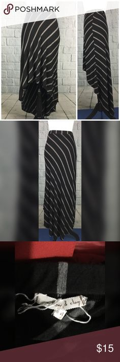 """Willow & Clay Striped Hi Low Stretch Skirt High low black & White striped skirt from Willow & Clay Good used condition material tags missing - feels like a rayon blend Size S --- Waist: 26"""" with stretch available -- hips: 40"""" unstretched --- length: FRONT - 21"""" --- BACK: 42"""" Willow & Clay Skirts High Low"""