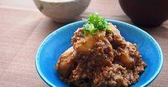 ねっとりほくほく里芋とひき肉のこってり味噌味がよく絡まっておいしい♪ ヘルシーだけどボリュームのある一品。 ご飯が進む☆