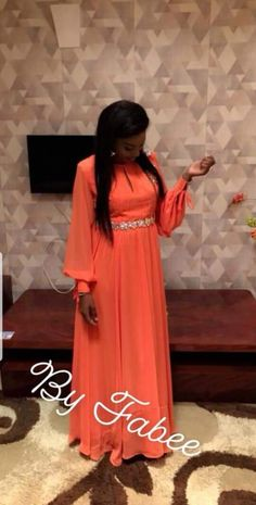 African Print Dresses, African Wear, African Fashion Dresses, African Dress, Abaya Fashion, Modest Fashion, Skirt Fashion, Fashion Outfits, Fashion 2018