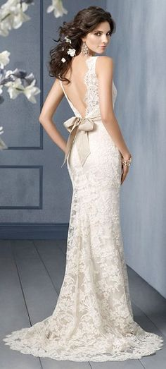 I'd kill to have this dress in either a charcoal color or a light ash gray color.