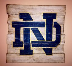 Notre+Dame+wall+hanging+by+PalletsandPaint+on+Etsy,+$40.00