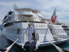 Google Afbeeldingen resultaat voor http://www.liveyachting.com/wp-content/uploads/2009/06/yacht-lady-moura.jpg