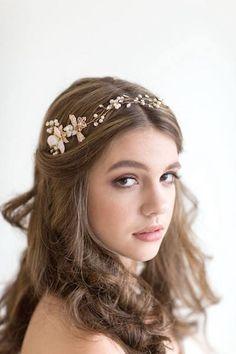 PowderBlueBijoux | Wedding Hair Vine..  #tiara #wedding #asiawedding #asiaweddingnetwork
