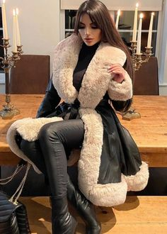 Sheepskin Coat, Lamb, Collars, Fur Coats, Leather, Pretty, Jackets, Down Jackets, Necklaces
