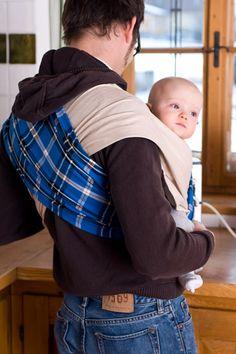 Schluss mit Wickeln, Binden, Knoten! In das Babytuch schlüpfst du einfach nur rein. Das ist schnell, praktisch und sicher. Hebammen und Trageberater empfehlen das Babytuch ab Geburt bis Kleinkindalter. Knot, Births