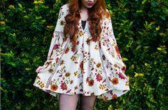 Look do Dia: Vestido Floral manga longa + Meia Calça Arrastão e Bota  #ootd #lookdodia #floraldress #vestido #floral #meiacalça #meiaarrastão #bota #lookoftheday #boho #bohemian #girl #moda #fashionblogger #estampa