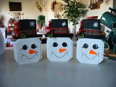 Painted Brick Paver Crafts for Painted Bricks Crafts, Brick Crafts, Painted Pavers, Painted Rocks, Snowman Crafts, Christmas Projects, Holiday Crafts, Christmas Crafts, Christmas Decorations