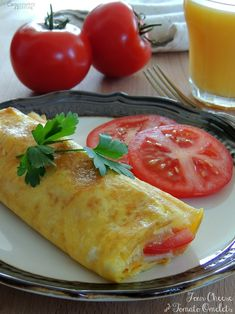 ~~pinned from site directly~~ . Four Cheese & Tomato Omelets Egg Recipes, Brunch Recipes, Easy Dinner Recipes, Great Recipes, Breakfast Recipes, Favorite Recipes, Breakfast Ideas, Healthy Menu, Healthy Eating