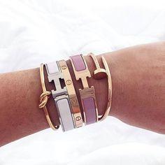 Hermes - bracelet - Cartier - inspiration - pink - white - gold - silver - outfit - beige - 2017 - armcandy - l'Etoile Luxury VIntage