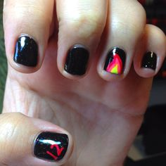 Nails for the Hunger Games premier