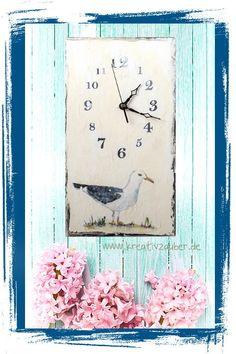 Uhrenbasteln: Anleitung für Motivtransfer auf Holz im Blog ★ wie man mit einem Laserdrucker und einem Transfertmedium diese Uhr (und vieles mehr) gestalten kann verraten wir hier: http://kreativ-zauber.de/motive-auf-holz-uebertragen-das-material-teil-i/