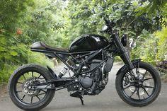 Nomad motorcycles ktm duke 390 https://www.facebook.com/NomadMotorcyclesPune/