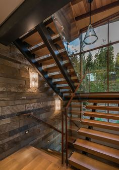 360MartisCamp02 Modern Mountain Home, Mountain House Plans, Railing Design, Staircase Design, Condo Remodel, Colorado Homes, Cabin Interiors, House Stairs, Stairway To Heaven