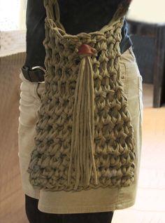 Handtaschen-aus-Textilgarn-29.jpg 900×1,216 pixels