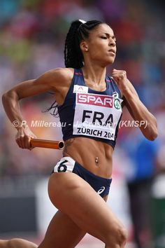 Floria GUEI dernière relayeuse du 400m Médaille Or Championnat Europe Athlétisme Zurich 2014