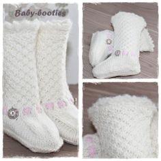 Hei Disse baby-bootiene er kjempefine, og varmer en liten fot. Garnet jeg har brukt er merino e... Ravelry Free, Boot Socks, Baby Booties, Blankets, Slippers, Corner, Booty, Crafty, Knitting