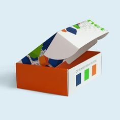 Design custom mailer boxes for your products! Perfect for gift & subscription boxes of any size. Custom Mailer Boxes, Custom Printed Boxes, Custom Printing, Gift Subscription Boxes, Corporate Id, Letterhead, Your Design, Print Design, 200 Pounds