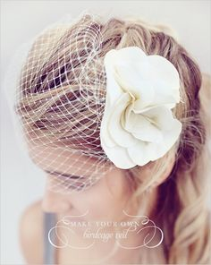 DIY Birdcage Veil | 47 Gorgeous Wedding Headpiece Ideas