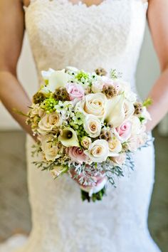 Real Wedding by Divine Weddings & Events - Danielle and Jon - rustic glam wedding bouquet.  Photo by Sugar and Soul Photography