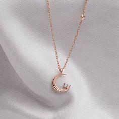 Fancy Jewellery, Stylish Jewelry, Dainty Jewelry, Simple Jewelry, Cute Jewelry, Jewelry Accessories, Jewelry Necklaces, Jewelry Design, Moon Jewelry