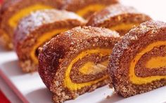 Saffron and gingerbread-flavored Swiss roll Christmas Sweets, Christmas Baking, Swedish Recipes, Sweet Recipes, Baking Recipes, Cookie Recipes, Bagan, No Bake Desserts, Food Inspiration