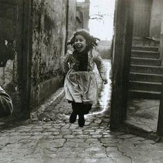 Paris, 1953. Robert Doisneau.