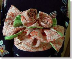 Han Haba OBI (half width Sash Belt) for YUKATA     I would like to learn how to tie like this rose obi! Beautiful!!