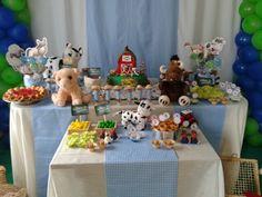 Festa de 2 anos do Luan feita por mim. Farm Animal Cakes, Farm Animals, Party