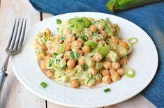 Cizrna v cuketové omáčce Pasta Salad, Potato Salad, Healthy Recipes, Healthy Food, Potatoes, Ethnic Recipes, Fitness, Crab Pasta Salad, Healthy Foods