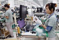 Theo đó, Bộ đề xuất tăng mức lương tối thiểu vùng từ 180.000 đồng – 250.000…