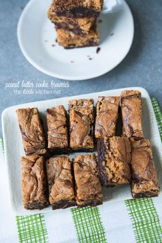 Peanut Butter Cookie Brownies - The Little Kitchen - Dessert Recipes Brownie Recipes, Cookie Recipes, Dessert Recipes, Baking Recipes, Just Desserts, Delicious Desserts, Yummy Food, Yummy Treats, Sweet Treats
