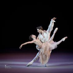 Dorothée Gilbert, Hugo Marchand L'Histoire de Manon, Cendrillon  Benois de la danse gala 2015 photo: J. Devant