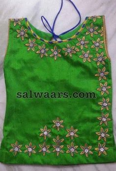 Green and Blue Crop Top Source by salwaarscom Blouses Kids Dress Wear, Kids Gown, Dresses Kids Girl, Kids Outfits, Baby Dresses, Crop Tops For Kids, Blue Crop Tops, Baby Dress Design, Frock Design