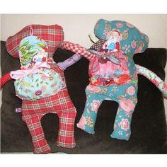 Ebook-Anleitung für einen Rucksack für Puppen oder den mir-doch-egal-Affen.  So macht das Verreisen mit den Kuscheltieren und den Puppen gleich noch mehr Spaß für die Kinder! br>Design von Diba