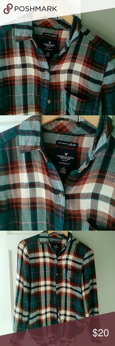 American Eagle Ahh-mazingly soft flannel From THIS season... in stores now for $44.95. Great shape. American Eagle Outfitters Tops Button Down Shirts