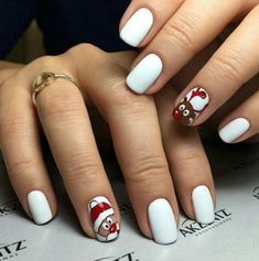 If you are getting ready for the holidays by painting a winter wonderland on your nails, these Cutest Christmas Nail Art DIY Ideas will surely give you a cheerful Christmas season this year. Cute Christmas Nails, Xmas Nails, New Year's Nails, Hot Nails, Christmas Nail Art, Holiday Nails, Fancy Nails, Pretty Nails, Holiday Nail Designs