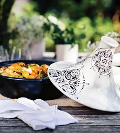 This Moroccan-inspired tagine is made with chicken kefta (meatballs), beautifully flavoured with lemon and mint. Left to simmer until tender and fragrant, this dish can be served with flat breads and spicy condiments for the full effect.