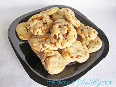 Salted caramel pretzel chocolate chip cookies. Look divine...must try!!
