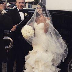 "3,552 Likes, 195 Comments - Leah Da Gloria (@leahdagloria) on Instagram: ""@elinaa_x the stunning bride. Xx"""