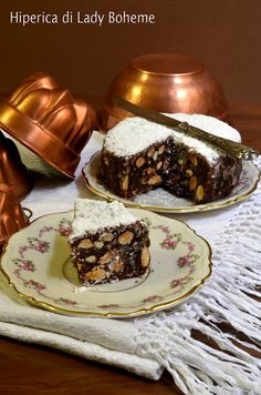 Ricetta Panforte of Tuscany :: Italian Spiced Nut Cake Recipe (written in Italian but look for translation option on the right & click on it)