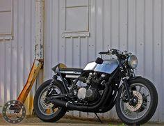 Kawasaki Z1000 Cafe Racer http://goodhal.blogspot.com/2013/01/kawasaki-z1000-cafe.html