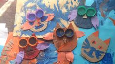 We made these very easy owls at our toddler group, one turned out to be a cat which is also great! I love it!!:-D