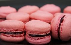 How to Make French Macaroons! (For Beginners!)